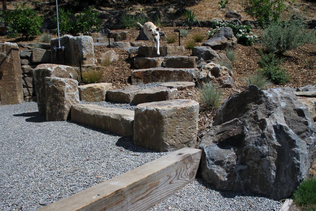 Stone pillar stairway